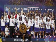 Le PSH Hand a été Champion du Championnat de D1 en 2013